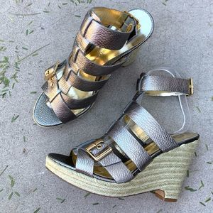 New! Audrey Brooks Cage Gladiator Silver Wedges
